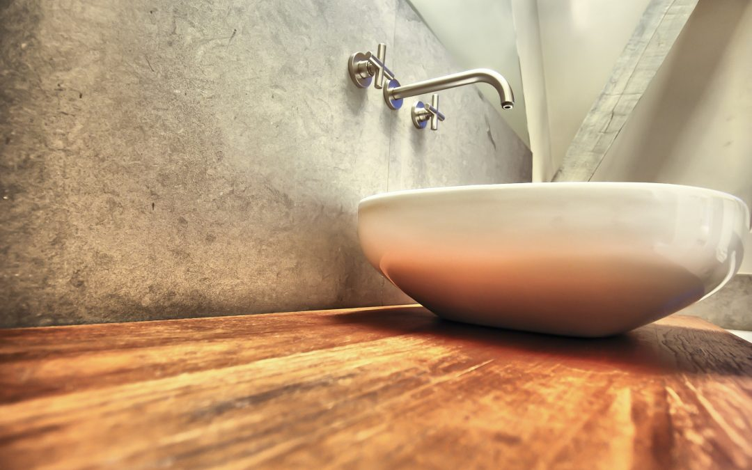 Tips To Making Bathtub And Shower Cleaning Less Time Consuming